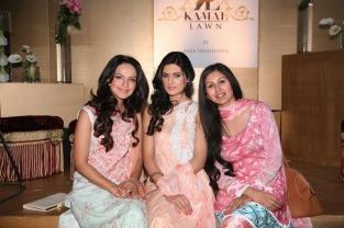 Aamina Sheikh, Nadia Ali and Zara Shahjahan (2)