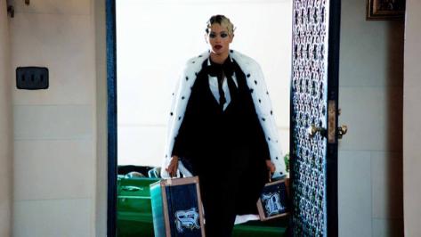 07-Fashionista Beyonce