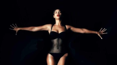08-Minimalist Beyonce