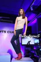 Abeer_Levi's Curve ID Show 2